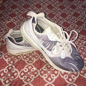 Nike Palm Leaf Printed Running Shoes